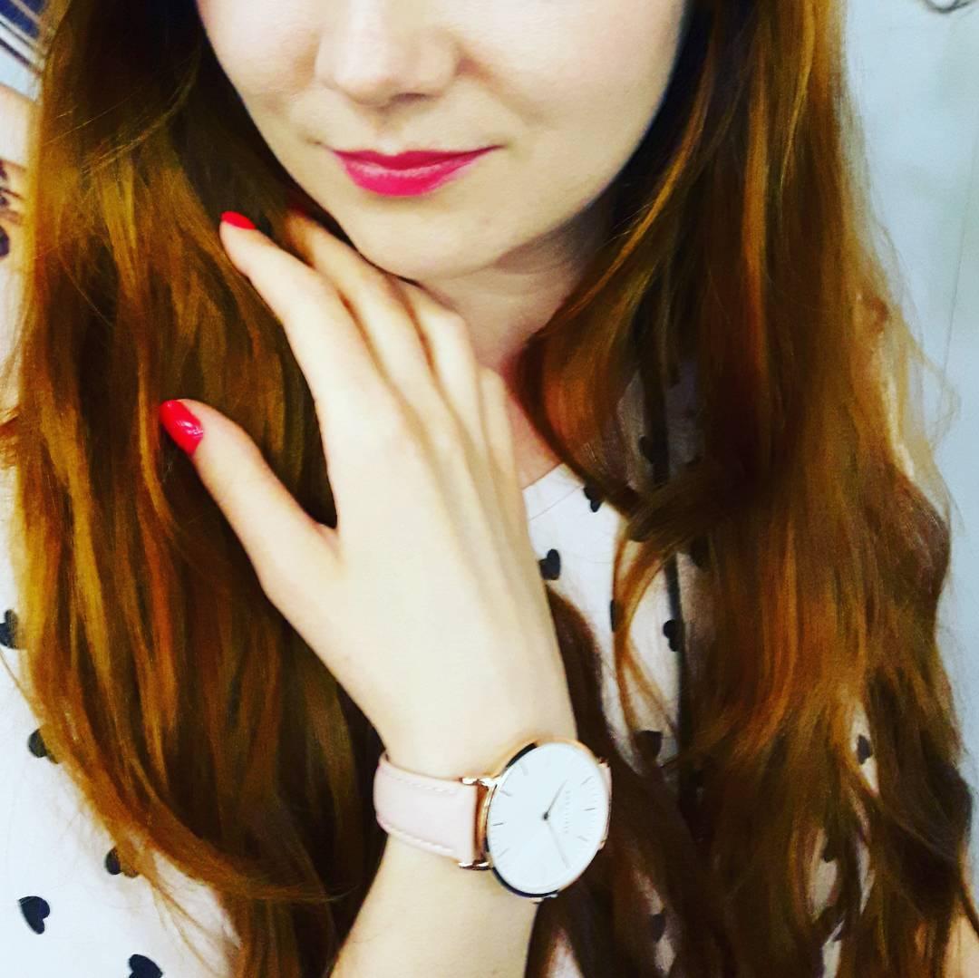 """Wzięłam udział w """"aż"""" jednym konkursie, gdzie należało zrobić sobie zdjęcie z zegarkiem producenta."""